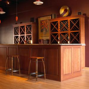 simple-wine-tasting-room